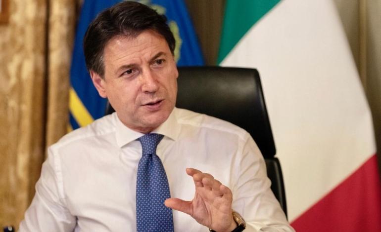 Conte, in tv, fa promesse per il turismo