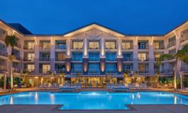 Mission Pacific e Seabird Resort aprono in California